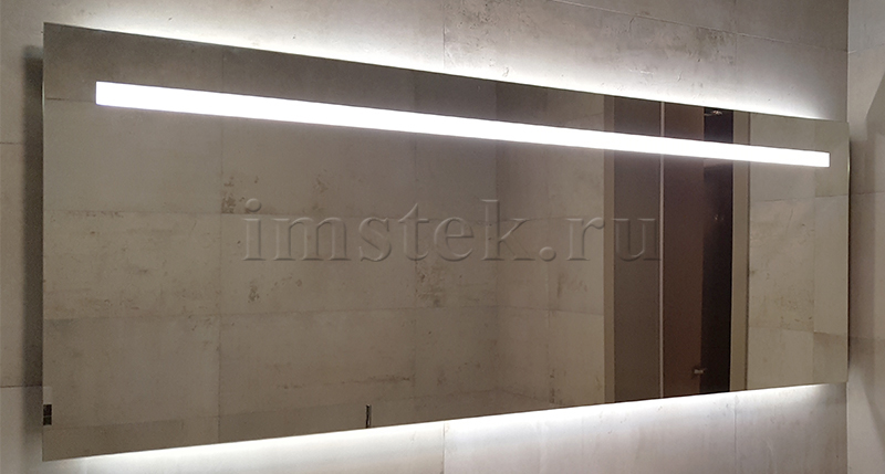 zerkalo-s-podsvetkoy