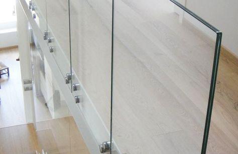 steklyannye-ograzhdeniya-atriuma